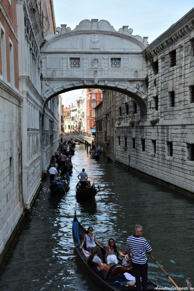 Podul Suspinelor din Venetia