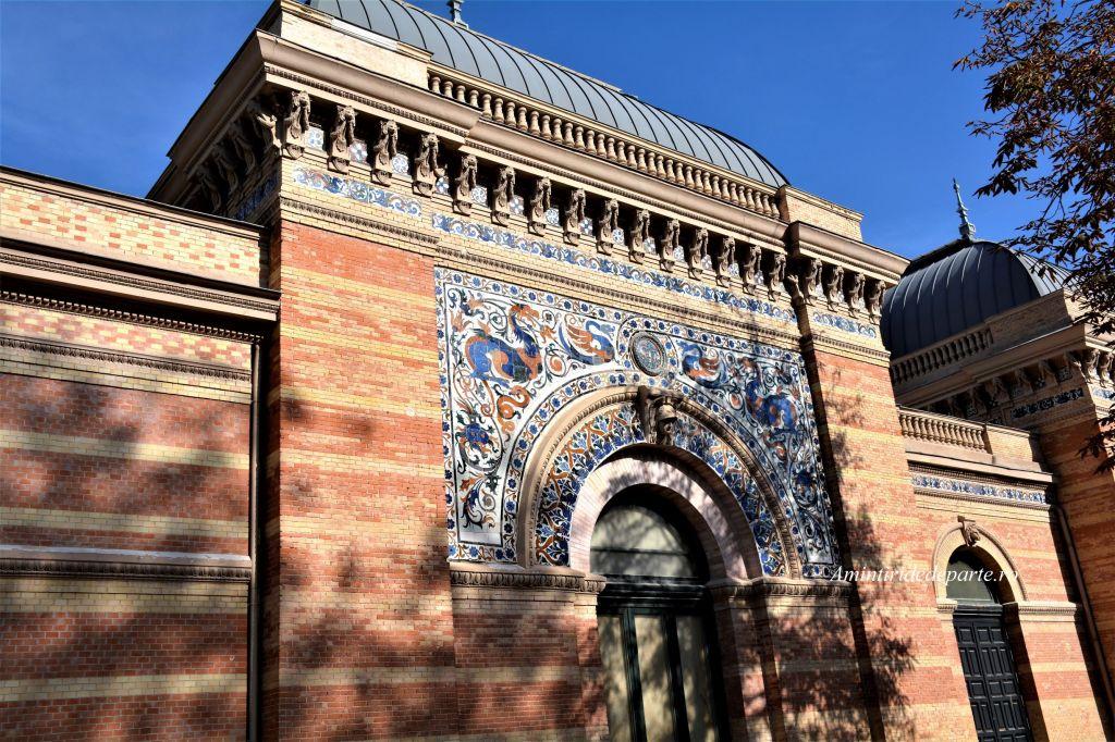 Palatul Velazquez din Parcul Retiro, Madrid