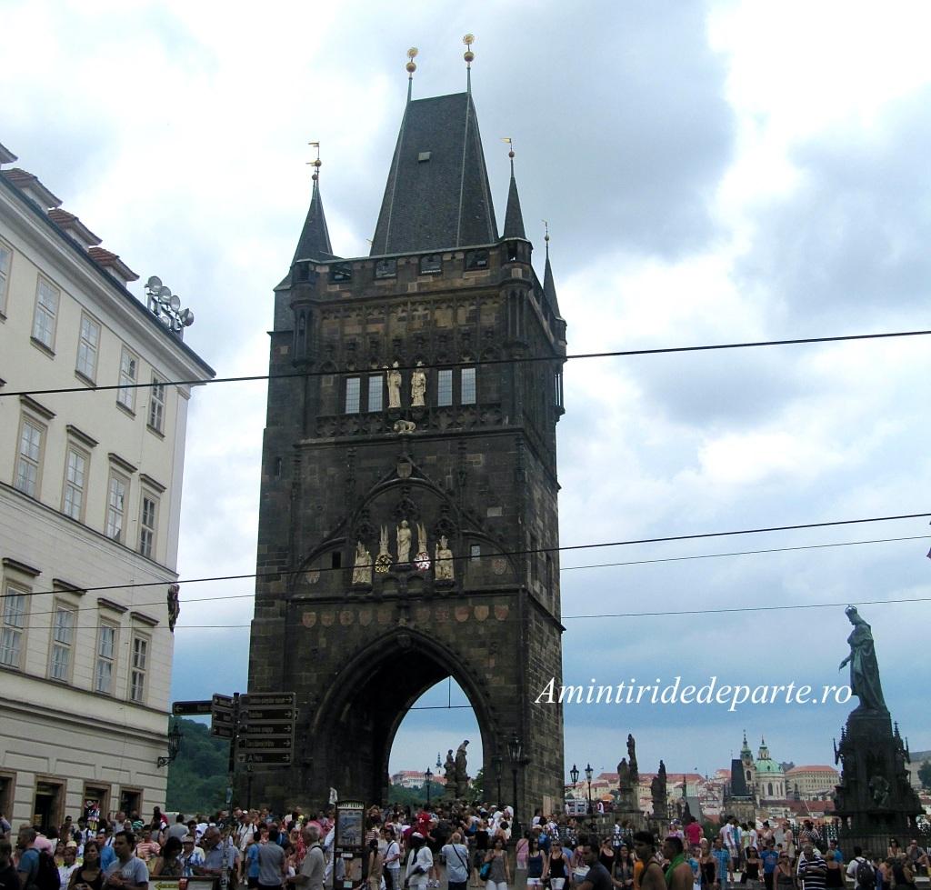 Podul Charles din Praga