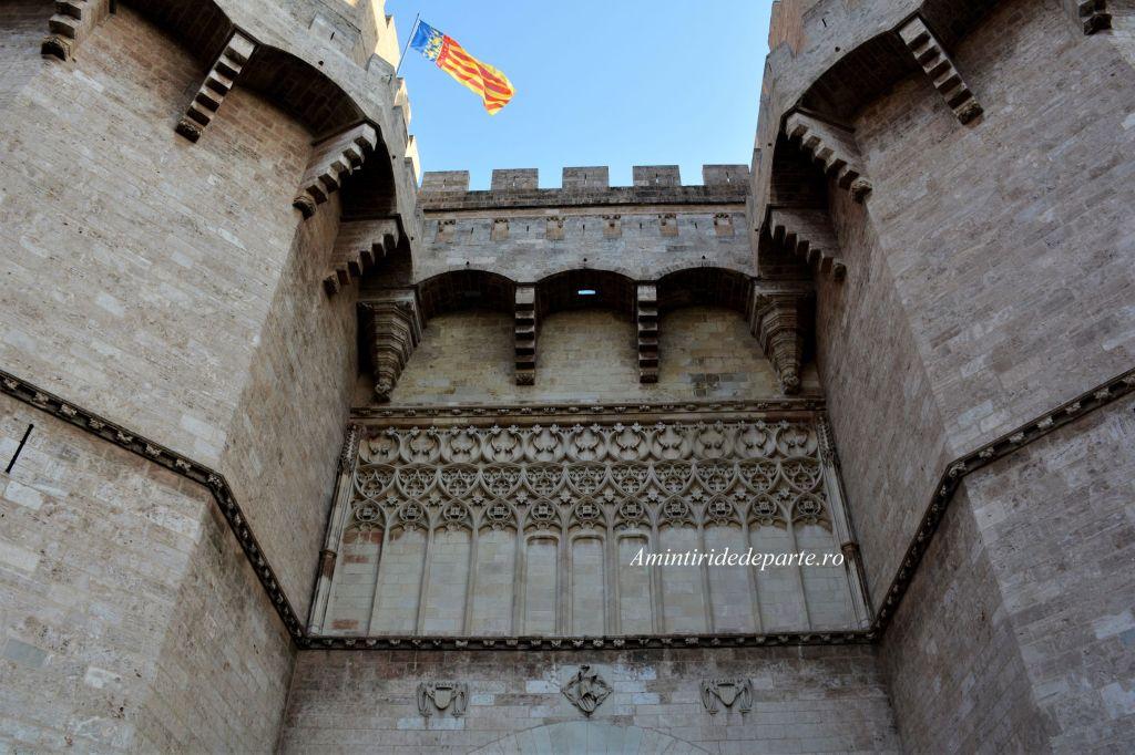 Turnurile Serrano din Valencia
