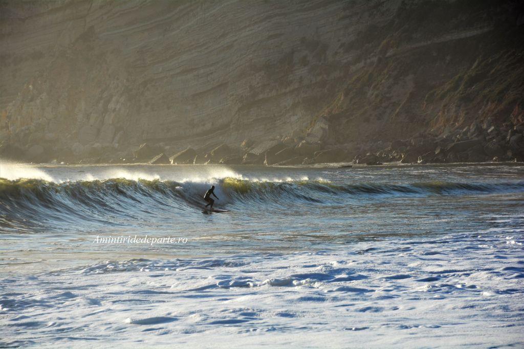 surf in Nazare, Portugalia